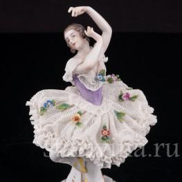 Фарфоровая фигурка Балерина, миниатюра, кружевная, Volkstedt, Германия, до 1935 г.
